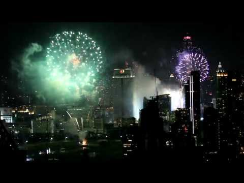 NYE Fireworks Bangkok from the Vertigo Bar