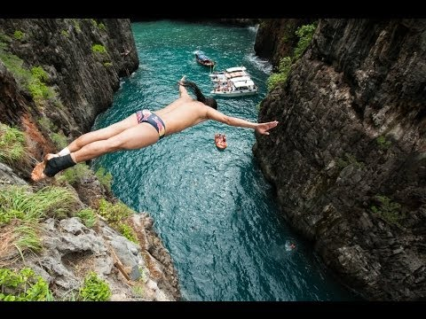 The best cliff divers