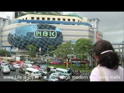Bangkok travelreport with Skytrain, Tuk-tuk, boat etc to tourist attractions and malls