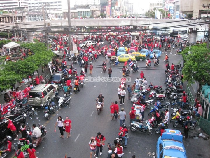 Red Shirt Party, Bangkok